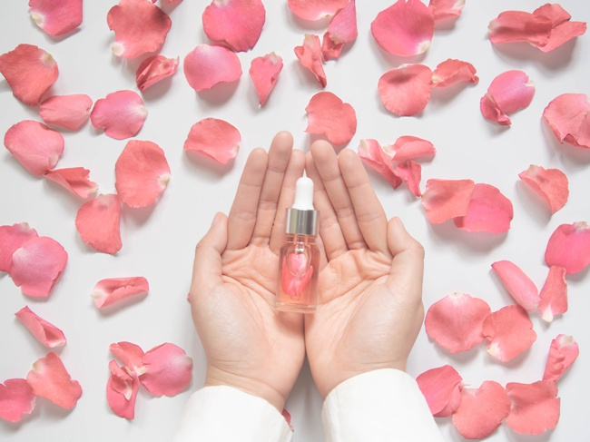 image of rose water bottle for beauty use